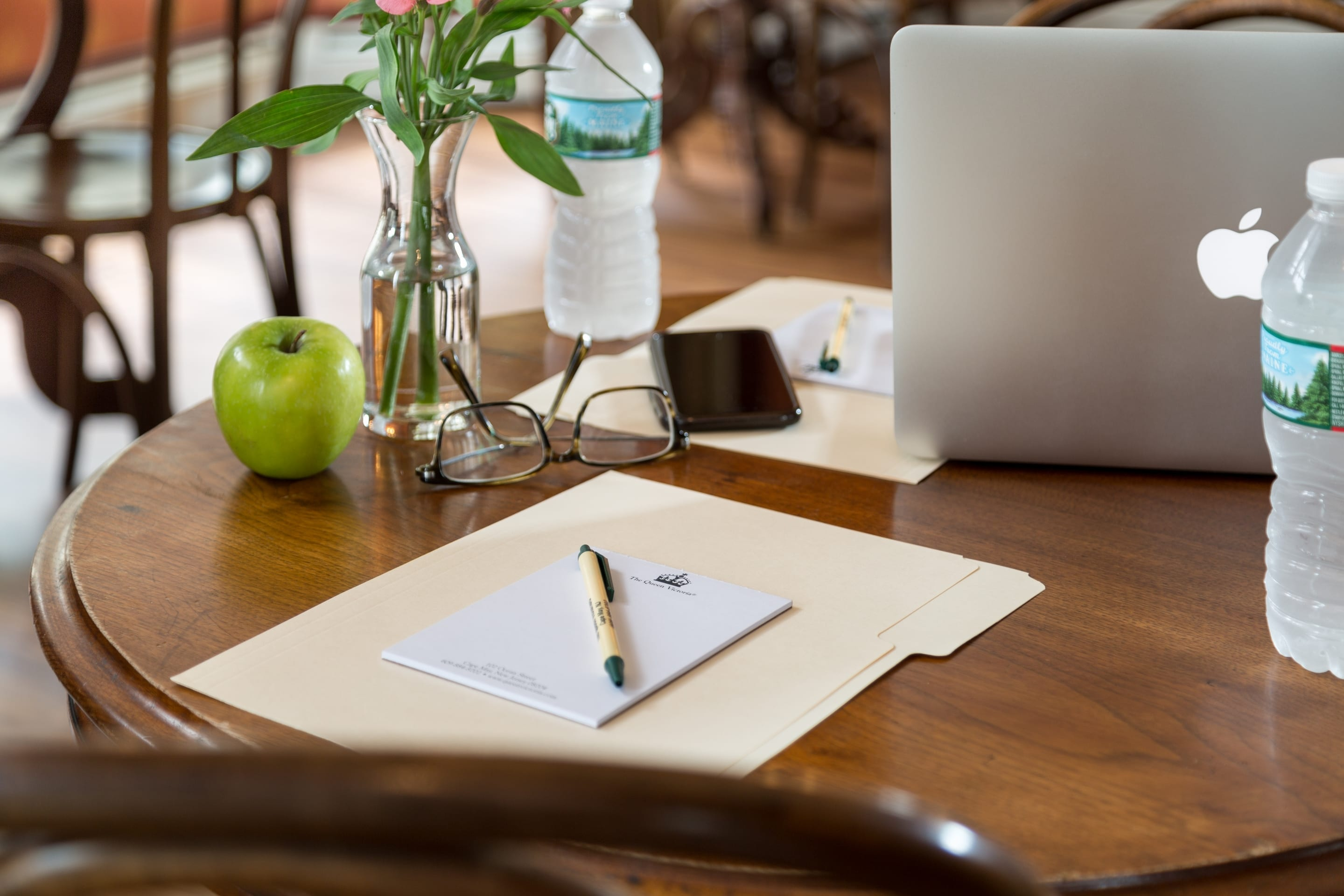 Book The Queen Victoria for Business Meeting Rooms in Cape May